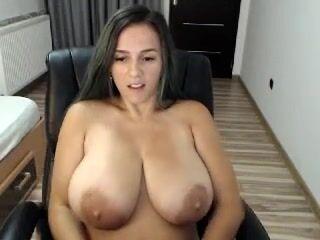 Natashaboobs